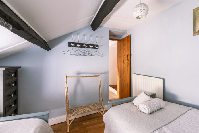 Twin Bedroom Low Cottage